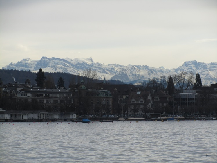 Lake Zurich and the Alps as a backdrop