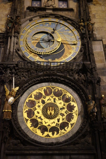 The astronomical clock on the Old Town Hall constructed by Nicholas of Kadan. So divine!